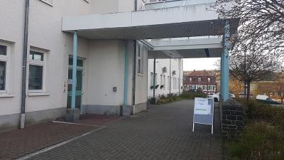 Zugang Testzentrum Schlossbergklinik