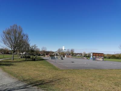 Foto zur Meldung: Sperrung der Freizeitfläche an der Berzallee