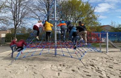 Neues Spielgerät für die Kinder in der Grundschule Stadtmitte