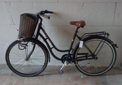 Eines der 10 Fundfahrräder
