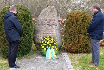Gedenken an die Opfer des ehemaligen Konzentrationslagers Schandelah-Wohld