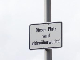 Dieser Platz wird videoüberwacht