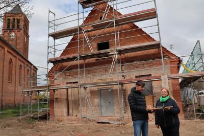 Am Gemeindehaus Teetz wird weiter intensiv gearbeitet