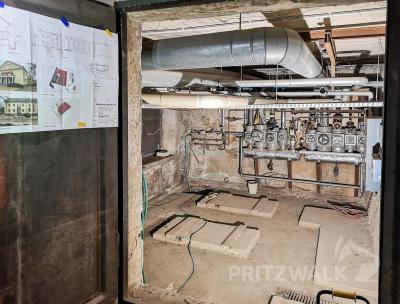 Im einstigen Kohlenkeller soll ein kleines Kino mit 25 Plätzen eingebaut werden. Foto: Beate Vogel