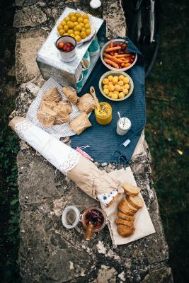 Picknick im Havelland. Foto: Steven Ritzer Photography