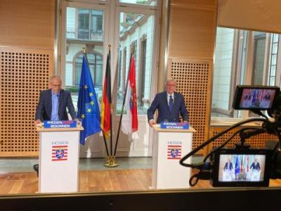 Foto zur Meldung: Ministerpräsident Volker Bouffier zum Stufenplan