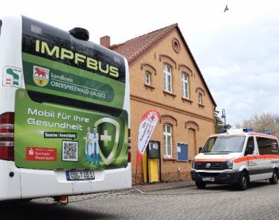 Der Impfbus des Landkreises ist unterwegs –  Freie Impftermine für die Gemeinde Schipkau