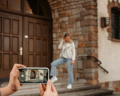Foto zur Meldung: Smartphone-Fotografie-Workshop für Mädchen