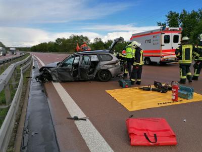 Foto zu Meldung: Unfall auf der A2