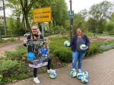 Foto zur Meldung: Faire Fußbälle für den STADTRADELN-Wettbewerb
