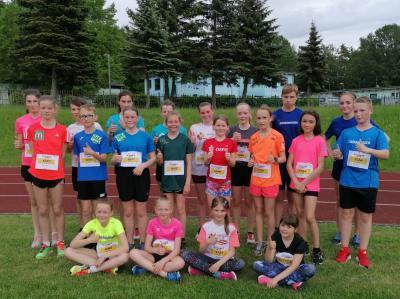 Das Foto zeigt die sportlichen Kinder der Laager Laufgruppe. Foto: Katja Beu