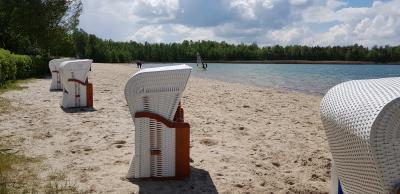 10 Strandkörbe stehen zur Vermietung bereit