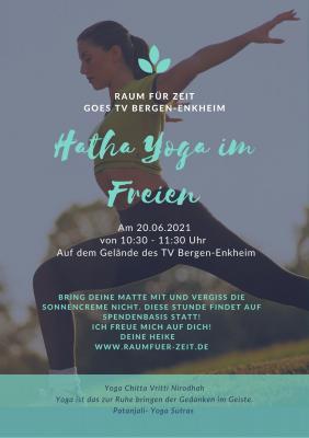 Yogastunde auf unserem Gelände