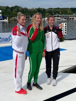 Foto zur Meldung: Sabrina Hering-Pradler erringt Bronze-Medaille bei Europameisterschaften
