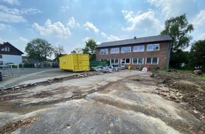 Foto zur Meldung: Rückbau Pavillon an der Dudenrothschule beendet
