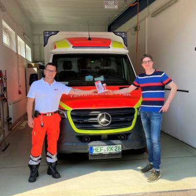 Foto zur Meldung: DRK und Bürgermeister informieren über Notfalldose