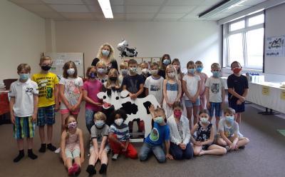 Foto zur Meldung: Stationenarbeit zum Thema Milch (Klasse 3)