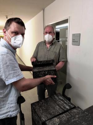 Foto zur Meldung: Ein wertvoller Neuzugang im Gemeindearchiv ist ein alter Aktenbestand des Amtes Aplerbeck