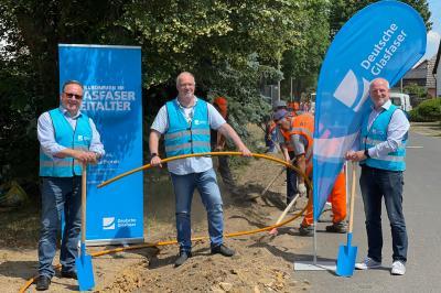 Foto zur Meldung: Deutsche Glasfaser startet mit Tiefbauarbeiten