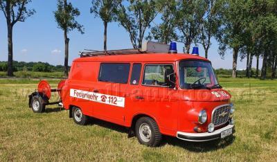 Verkauf: Feuerwehrfahrzeug Barkas B 1000
