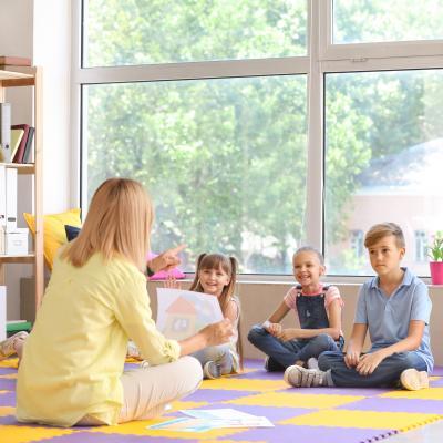 Wertschätzend mit Kindern kommunizieren - Foto AdobeStock_277652106