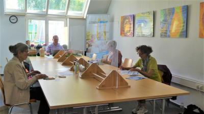 Foto zur Meldung: Praxiswerkstätten im Generationentreff stießen auf positive Resonanz