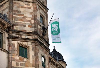 Bürgermeister für den Frieden: Altenburg zeigt Flagge gegen Atomwaffen