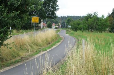 Foto zur Meldung: Erster sanierter Radweg kann wieder genutzt werden