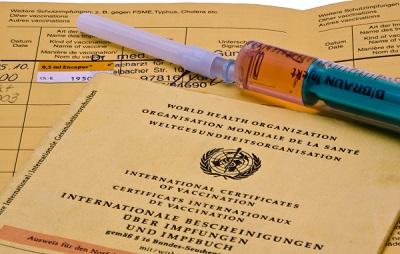 Schutzimpfung gegen Covip-19, Bild von Andreas Morlok, pixelio.de