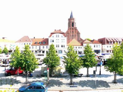 Foto zur Meldung: 1. Regionalmarkt in Beeskow