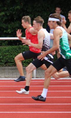 Milian Zirbus (beim 100m Lauf)