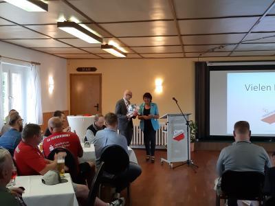 Feierliche Eröffnung des Friedersdorfer Sportlerheims