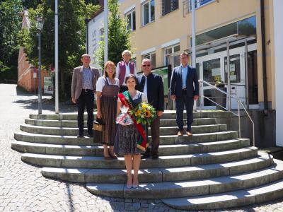 Hallertauer Bierkönigin Theresa Ecker dankend verabschiedet