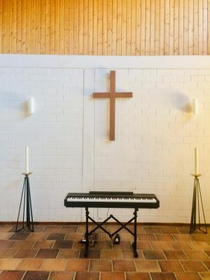 E-Piano für Friedhofshalle