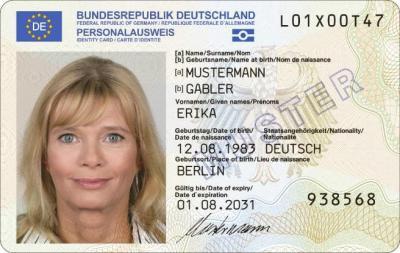 Foto zur Meldung: Neue Personalausweise ab dem 02.08.2021 mit EU-Flagge