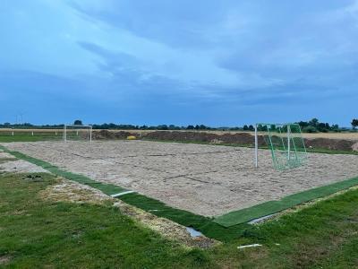Fertigstellung eines Beachhandballplatzes