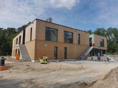 Foto zur Meldung: Aktuelle Bilder aus dem multifunktionalen Erweiterungsbau