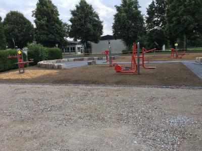 Foto zur Meldung: Outdoor-Fitness-Platz: Baufortschritt