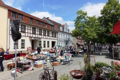 Foto zur Meldung: Trödelmarkt in Beeskow
