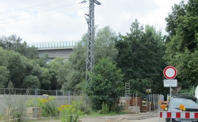 Sperrung der Thierbacher Str. im Bereich der Brücke unter der S 57 bis 31.10.2021