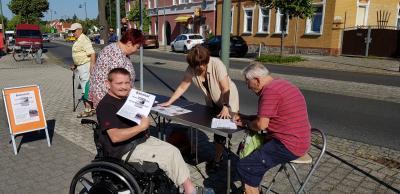 Foto zur Meldung: Unterschriften für barrierefreien Bahnhof Lauchhammer