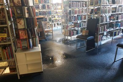 Foto zur Meldung: Bibliothek muss auf Grund eines Wasserschadens für zunächst unbestimmte Zeit schließen