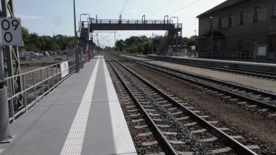 Foto zur Meldung: Sanierter Bahnhof Lauchhammer ab sofort vollumfänglich nutzbar