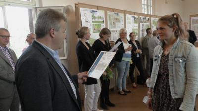 Foto zur Meldung: Preisträger des Architektenwettbewerbes Neustadt 1 ausgezeichnet