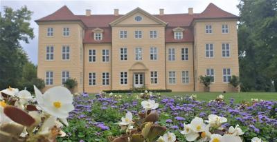 3 Königinnen Palais in Mirow