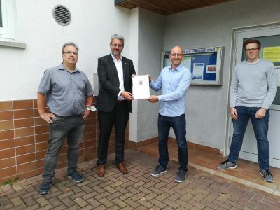 v.l.: Jens Hildenhagen (Schriftführer), Patrick Burghardt (Staatssekretär), Marius Neukamp (Vorstand Finanzen), Marcel Simon (Vorstand Sport)
