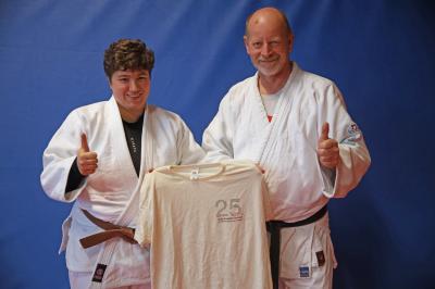 Foto zur Meldung: Alexandra Baur vom SC Hemmingen-Westerfeld bei der Judo-Sommerschule