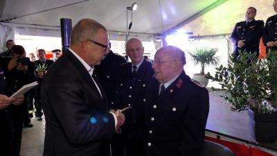 Foto zur Meldung: Innenminister Stübgen zu Gast beim Löschzug West