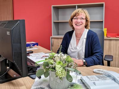 Gudrun Przybilla am letzten Arbeitstag in ihrem Büro in der Gartenstraße. Foto: Beate Vogel