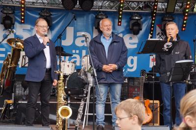 Auf der Stadtfestbühne v.l.n.r Grzegorz Olejniczak, Thomas Zenker, Grzegorz Trzmiel